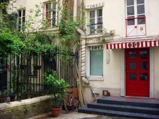 Visite guidée de Saint-Germain-des-Prés – Cour intérieure