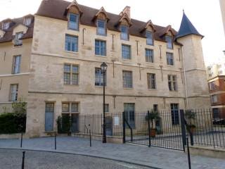 gobelins-chateau-reine-blanche